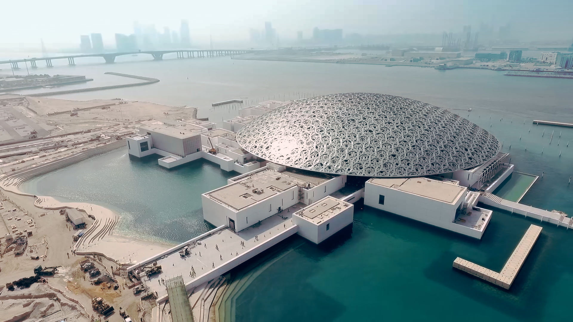 Louvre Abu Dhabi, création d'un musée universel